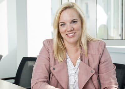 Corina Rüb, Referentin für Unternehmenskommunikation
