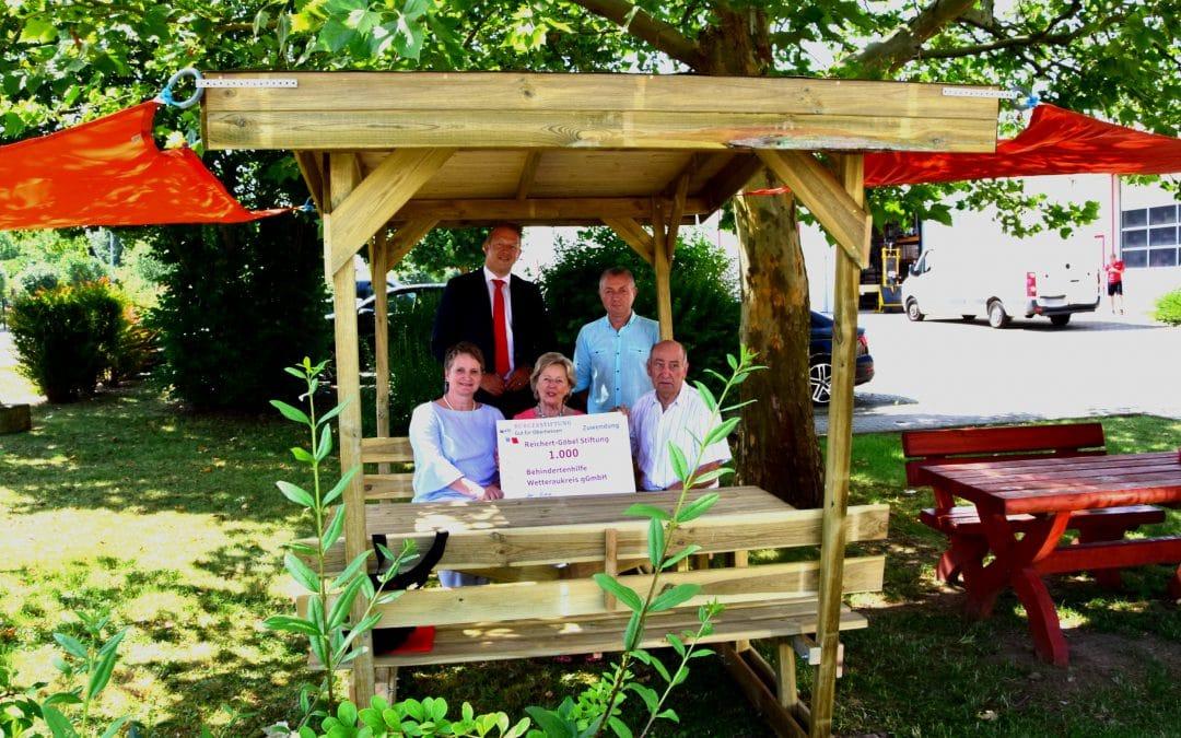 Reichert-Göbel-Stiftung überreicht Spende
